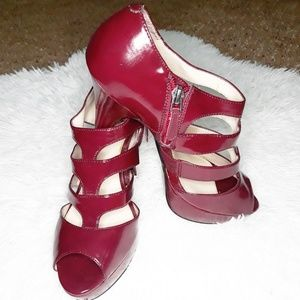 Nine West Burgandy Heels Size 8